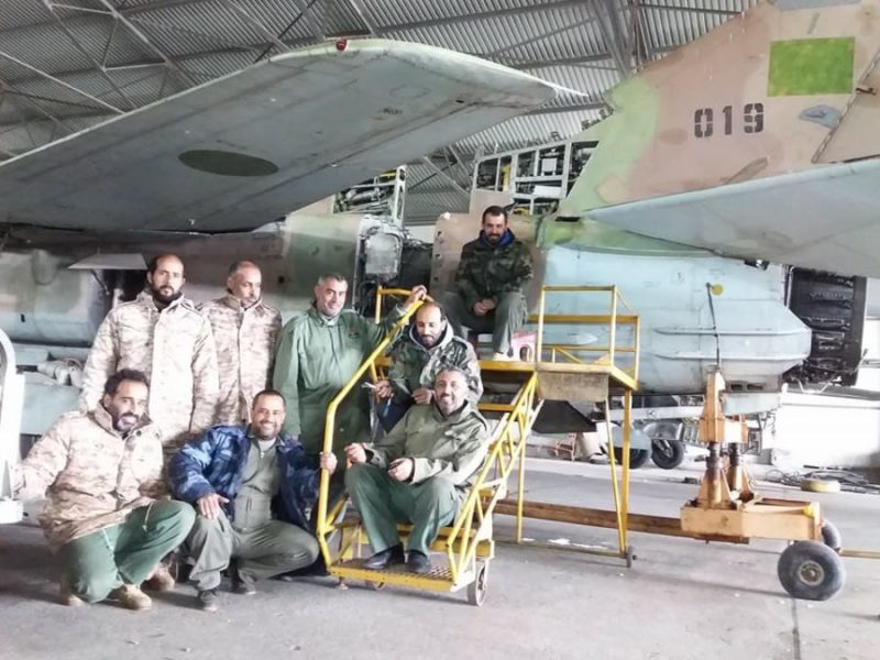 Ливийский МиГ-23УБ N019 в ангаре