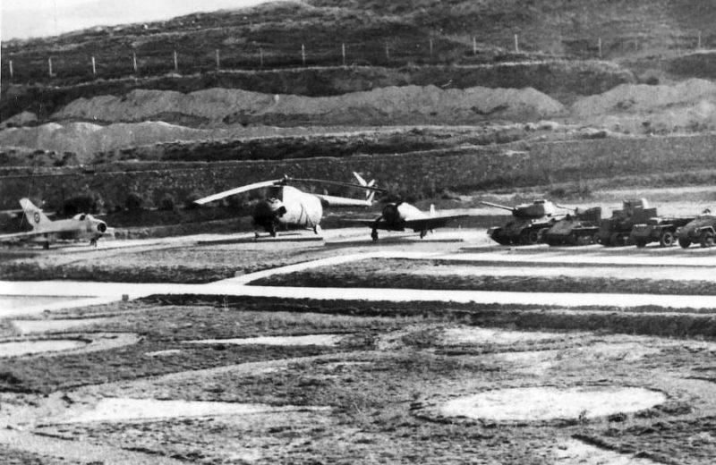 Афганский Ми-4 в военном музее