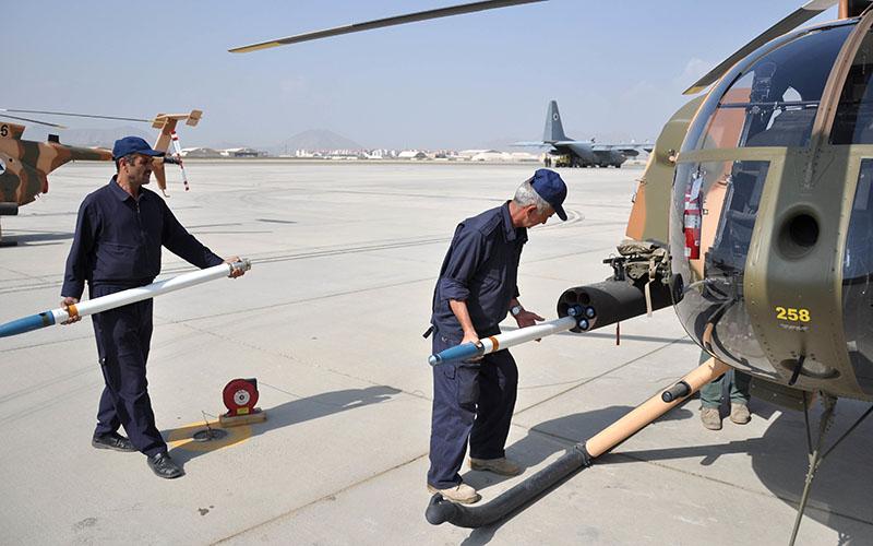 MD-530F Cayuse Warriors N258 в Кабульском аэропорту