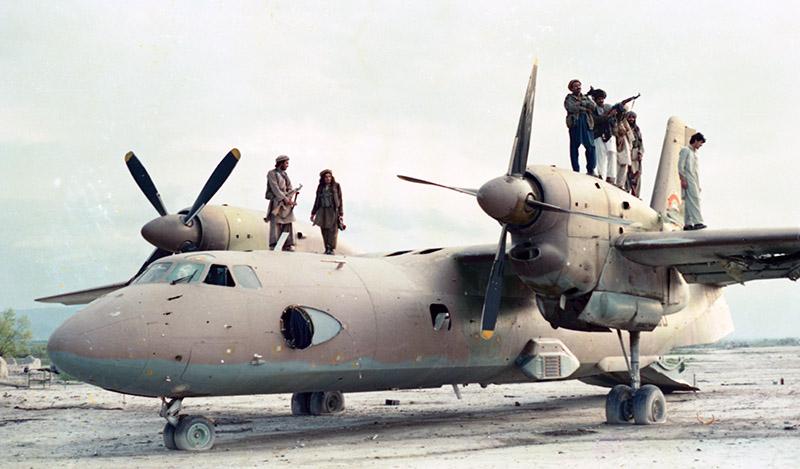 Первый афганский Ан-32 N280