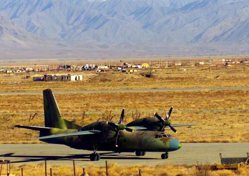 Ан-32 N342 один из немногих выживших самолетов этого типа в Афганистане