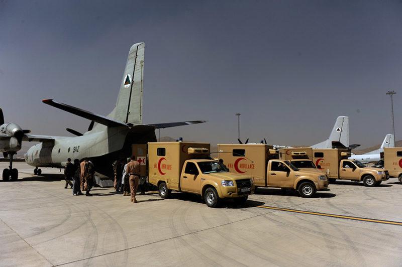 Эвакуация раненых в боях с талибами на афганских Ан-32