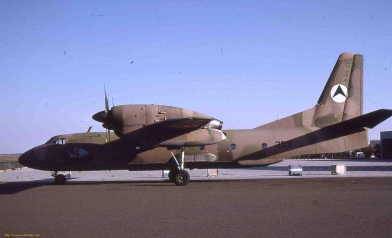Ан-32 N353 с хорошо различимым опознавательным знаком