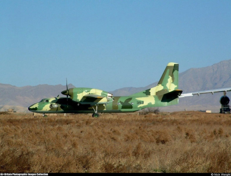 Ан-32 N353 после ремонта в Таджикистане получил нестандартный камуфляж