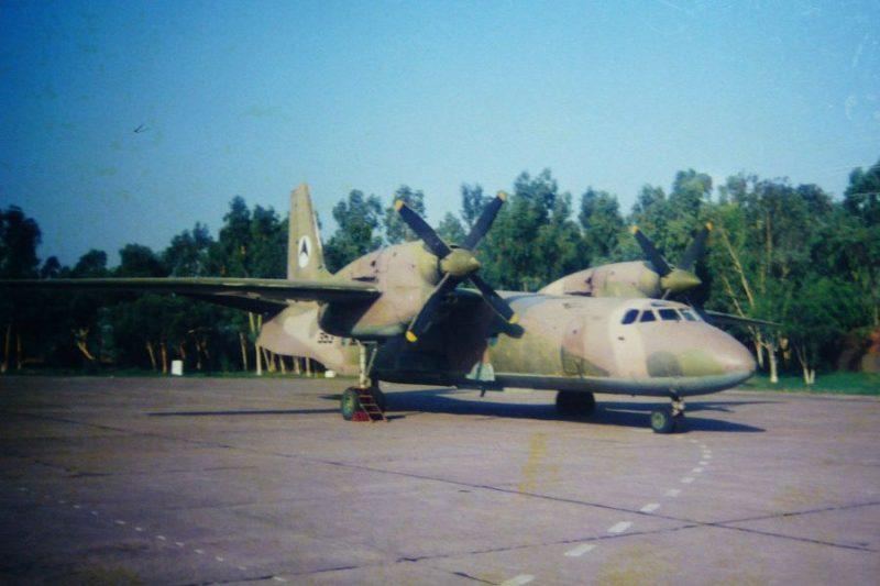 Ан-32 N353 в Пакистане