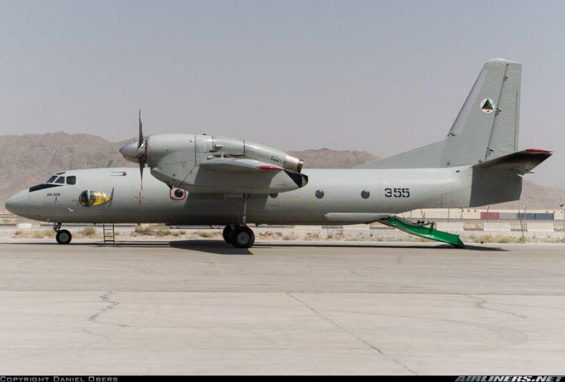 Поставленный США в Афганистан Ан-32 N355