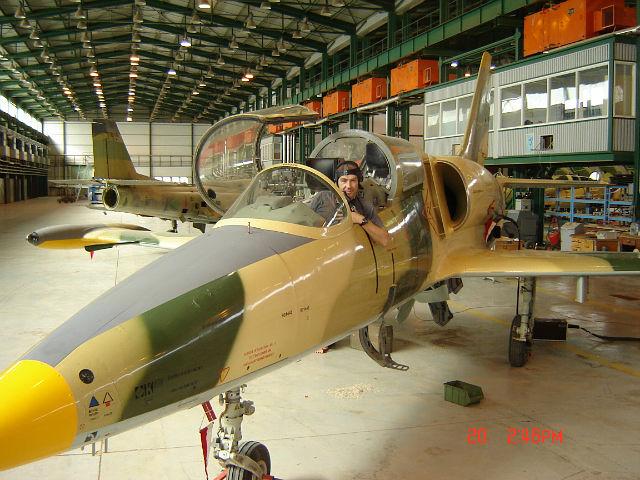 Ливийский Л-39 на авиаремонтном заводе