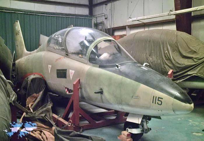 Aermachhi MB-339A 4-A-115 в щастном владении в США
