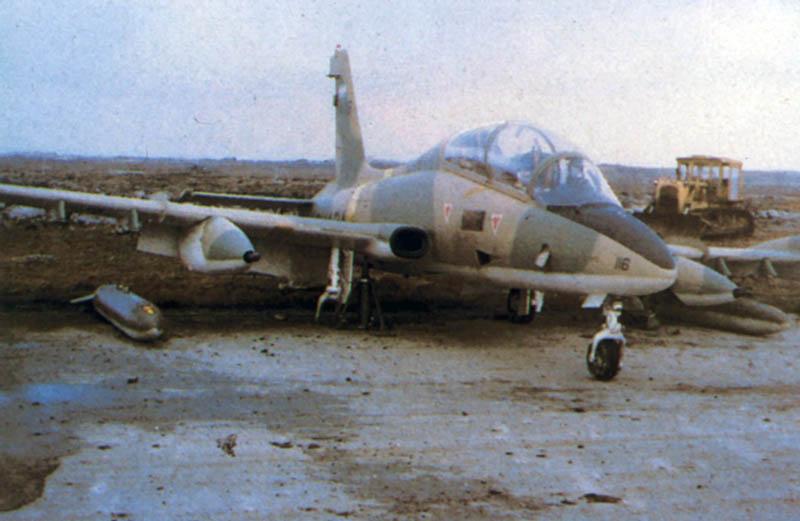Aermacchi MB-339A 4-A-116 сфотографированный с другого борта