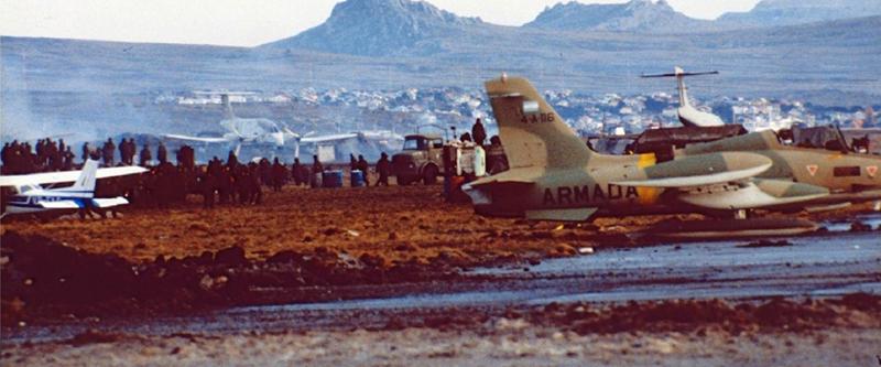 Aermacchi MB-339A 4-A-116 с полосой быстрого распознования на фюзеляже