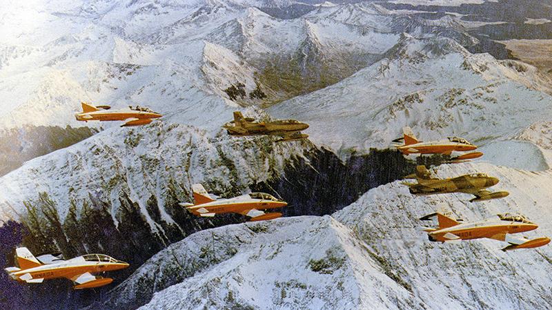 Довоенный арентинских полет Aermacchi MB-326 и MB-339A