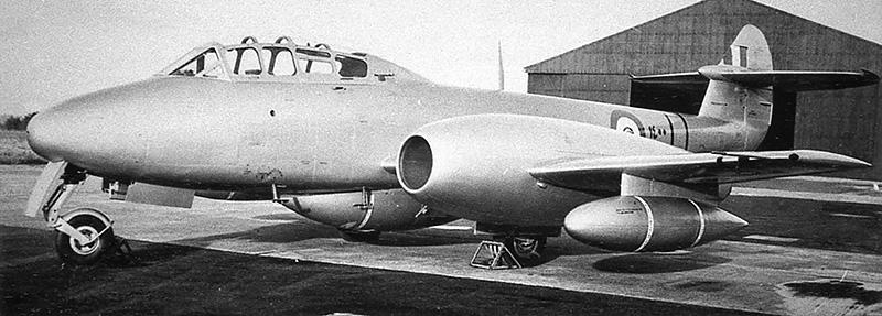 Gloster Meteor T-7 N1400