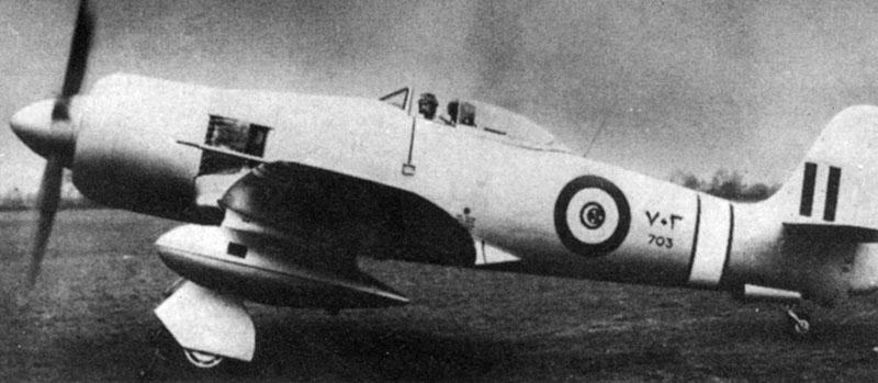 Hawker Fury N703 перед взлетом