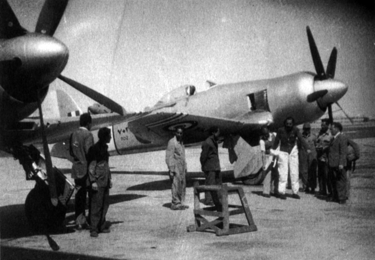 Hawker Fury готовится к перелету в Египет