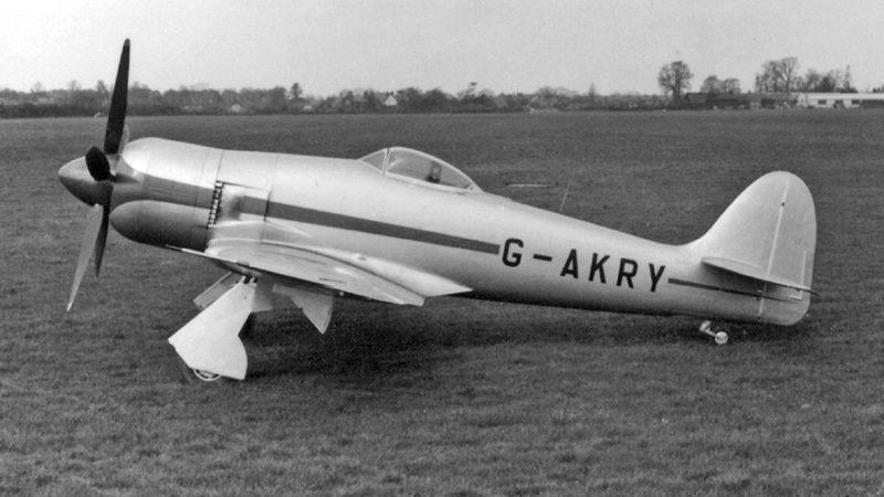 Прототип Hawker Fury в гражданской маркировке.