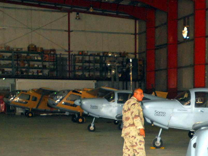 Два SBL7-360 Seeker со снятой оптикой в ангаре 70-й эскадрильи, 2010 год