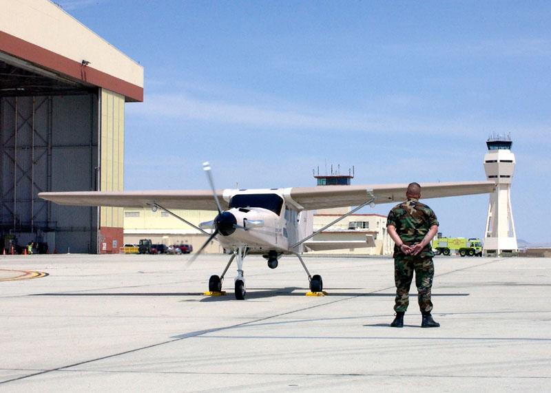 Comp Air 7SLX облетывают в Ираке после сборки