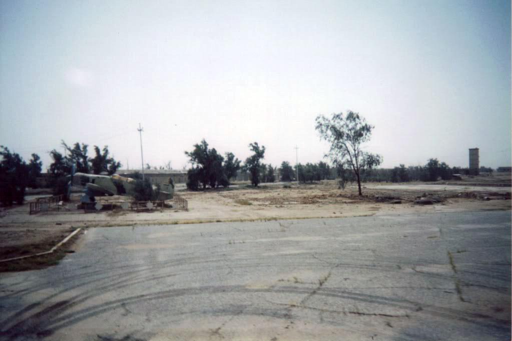 Фьюри Т-20 в качестве памятника
