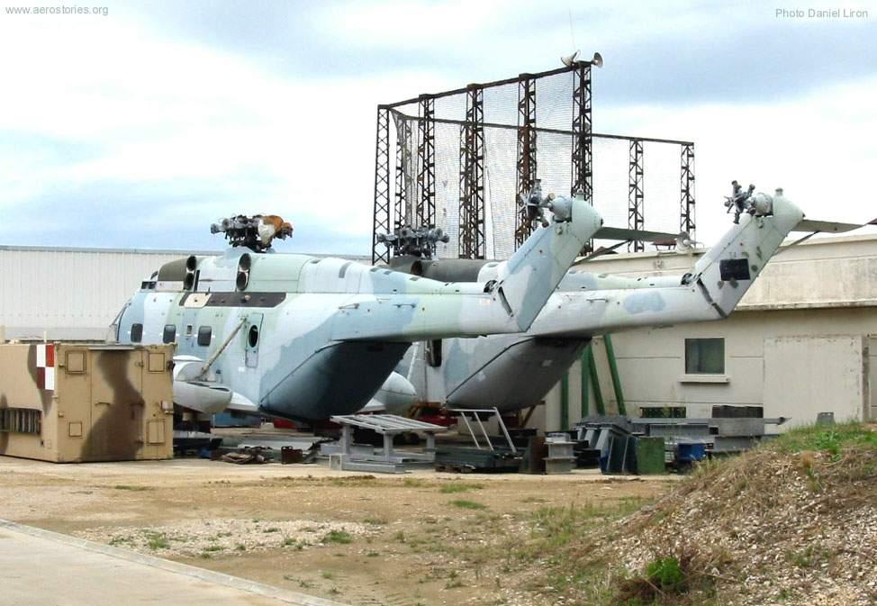 Иракские Супер Фрелоны N186 и 188 на заводе в Мариньоне. На этом этапе борт N186 получил поплавки, которых он снова лишился при передаче в музей