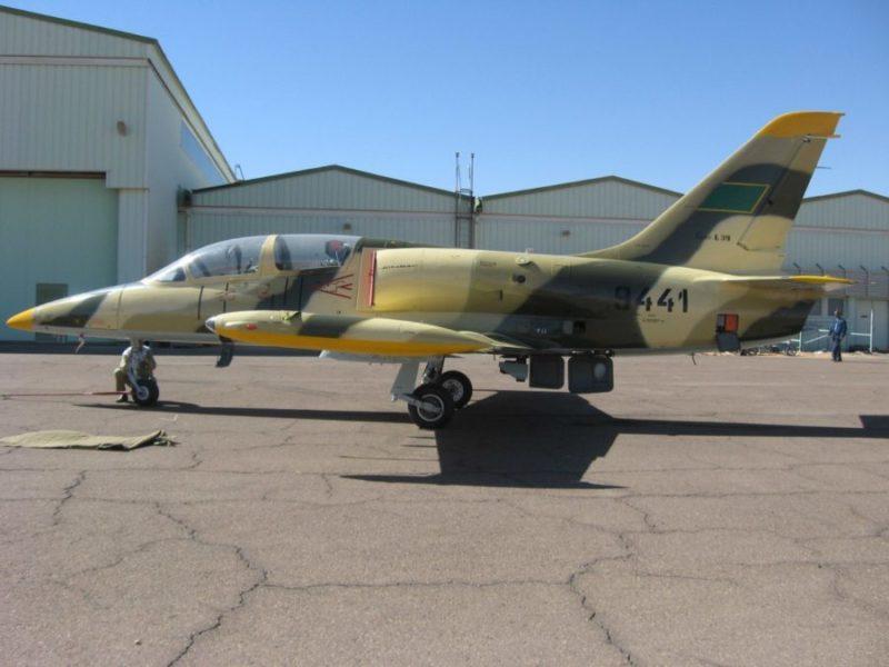Ливийский Л-39 N9441 на аэродроме