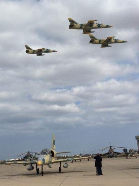 Ливийские Л-39 на авиабазе Мисураты