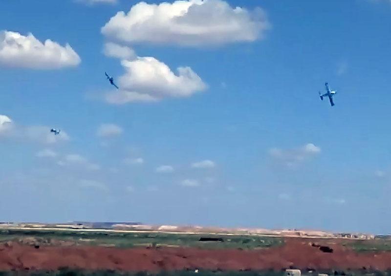 Три сирийских MBB-223 Flamingo в небе